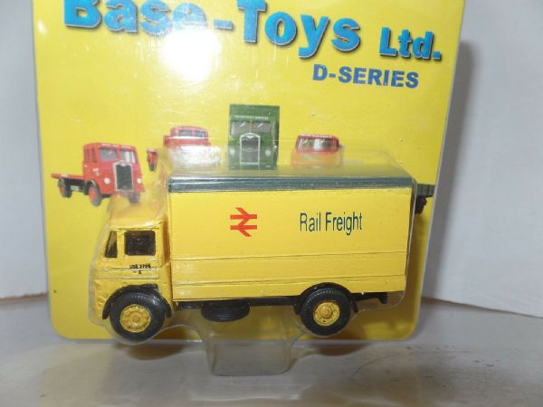 B T Models D-15 D15 LEYLAND MO VAN Rail Freight Railfreight Yellow